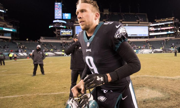 Nick Foles says he has to play better = The Philadelphia Eagles defeated the Oakland Raiders by the score of 19-10 on Christmas, but it wasn't pretty. In the midst of the not so aesthetically pleasing outing was.....