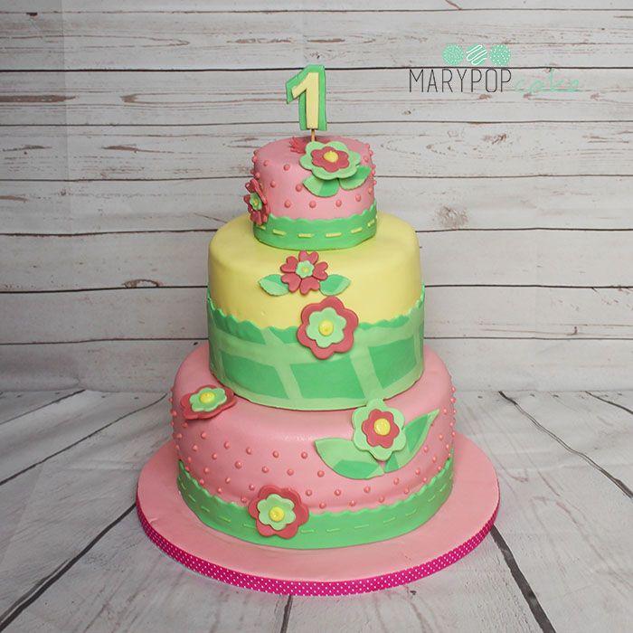 First birthday flower cake... TOrta fiori per primo compleanno! http://www.marypopcake.it/cakedesign-bimbi/