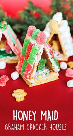 Simply grab HONEY MAID graham crackers, an assortment of green and red colored Sour Patch Kids candies, and plenty of icing—all of which can be found at Walmart—to get your kids started creating their own winter treats! Whether it's a tradition to make a Christmas scene every year, or this is your first time tackling this holiday classic with your kids, these HONEY MAID Graham Cracker Mini Houses are the perfect festive activity for your family.