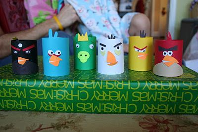 Pink and Green Mama: * Toilet Paper Tube Craft: Homemade Angry Birds!  http://pinkandgreenmama.blogspot.com/2011/12/toilet-paper-tube-craft-homemade-angry.html