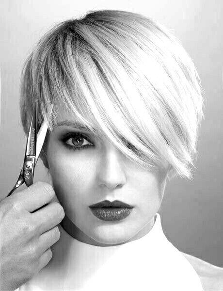 Cute Blunt Cut Bluntcut Hairstylescuts Black White