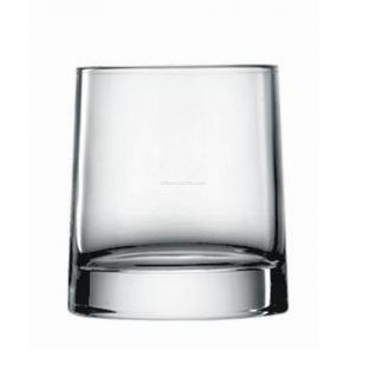 Luigi Bormioli  Veronese Double Old-Fashioned 345ml    Adding a touch of uniqueness to your dinner service, the Veronese Old Fashioned Tumblers feature a usual round mouth, but taper off into an oval base.