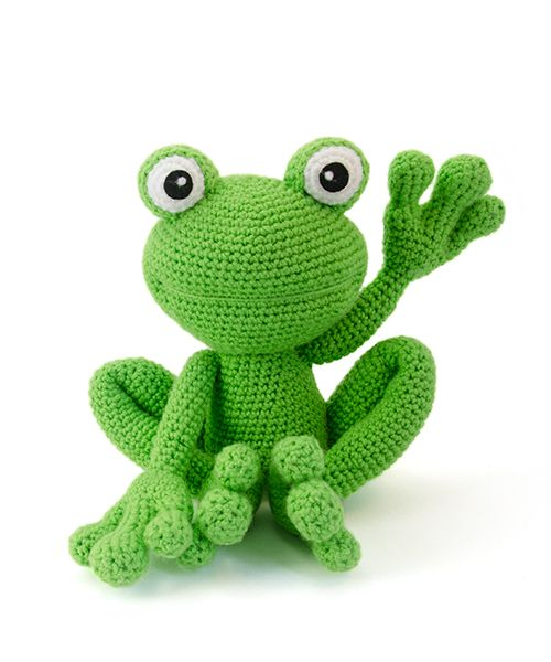 Kirk the frog by Lisa Jestes Designs is part of the book Zoomigurumi 4!