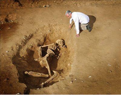 Nephilim Chronicles: Riesige menschliche Skelette: Nephilim Giants Entdeckt im Alten Ägypten