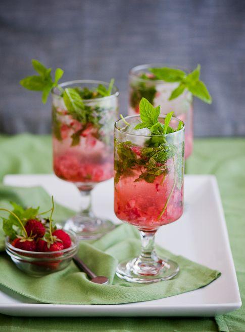 Strawberry Mojito Cocktail Recipe with Rum and Fresh Strawberries   @whiteonrice