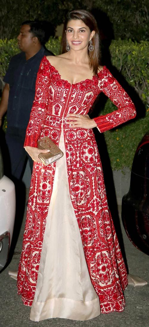 Jacqueline Fernandez at a special dinner for British royal couple William and Kate. #Bollywood #Fashion #Style #Beauty #Hot #Sexy