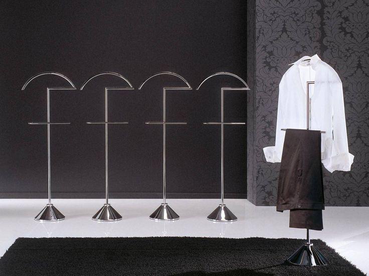 Porada Clip Clothes Stand by E. Mapelli & P. Passarino - Chaplins
