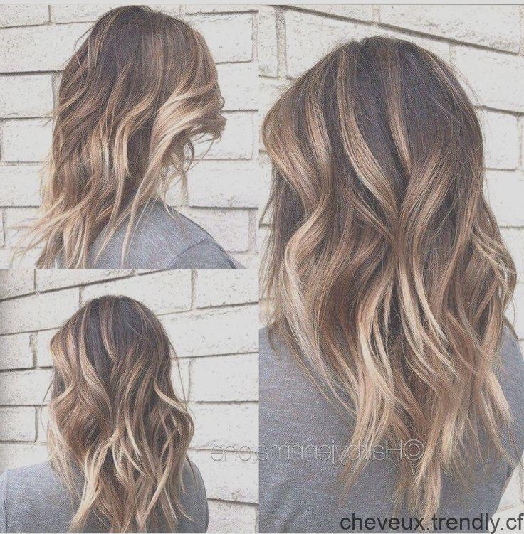 Meilleur Design De Cheveux De Balayage Brun Pour Les Cheveux De Longueur Moyenne Couleur De Coiffure Moyenne Hair Styles Hair Long Hair Styles