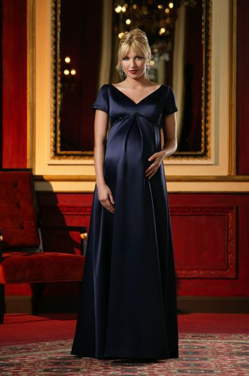 Dresses for Pregnant Women | Elegant Bridesmaid Dress Designs For Pregnant Woman