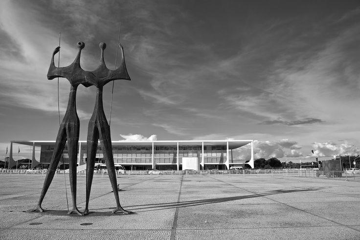 Praça dos Três Poderes, Brasília