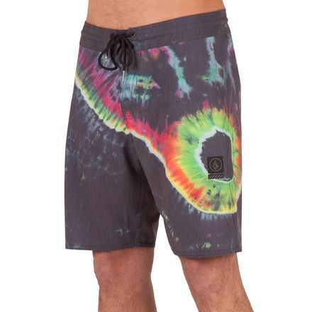 When your day revolves around the ocean, from surfing in the morning to snorkeling in the afternoon, it's essential you find a swimsuit that not only looks good but also provides hours of comfort. That's where the Volcom Men's Yin Yang Slinger 19in Board Short comes in. Made from a four-way stretch cotton blend fabric, this board short has a buttery smooth feel and gives you plenty of stretch as you drop into waves and throw back flips off cliffs.