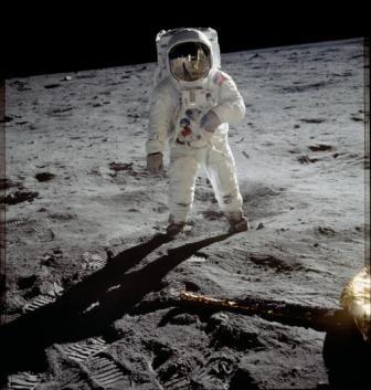 Take a Virtual Field Trip to the Moon