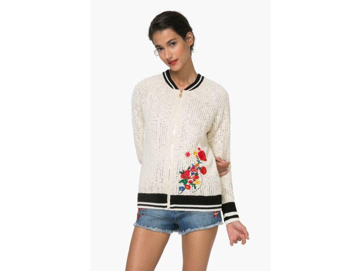 Krátký svetr,bunda Aure     71J2YG5-1001