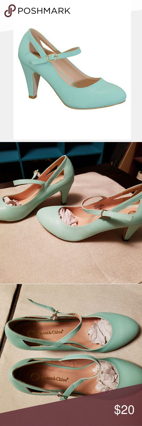 """""""NEW IN BOX"""" MINT PUMPS/HEELS SIZE 10 New in box mint triangle kimmy pumps by Chase & Chloe. Features bold cutouts for a modern twist on the classic mary jane.  3"""" heel Buckle closure Size 10 Never worn, new in box Chase & Chloe  Shoes Heels"""
