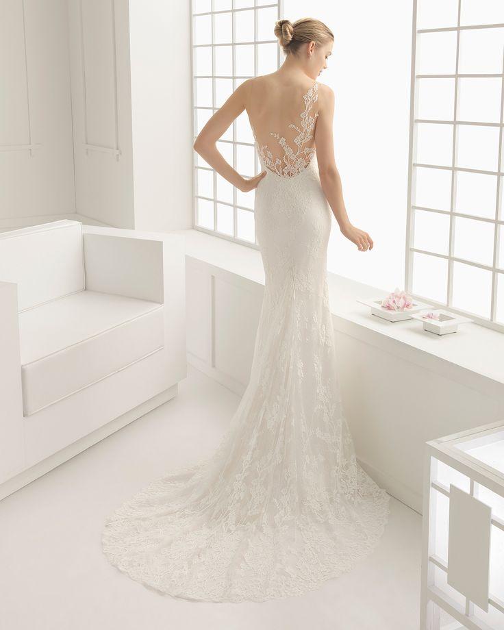 Hochzeitskleid aus Spitze und Chantilly. Rosa Clará Kollektion 2016.