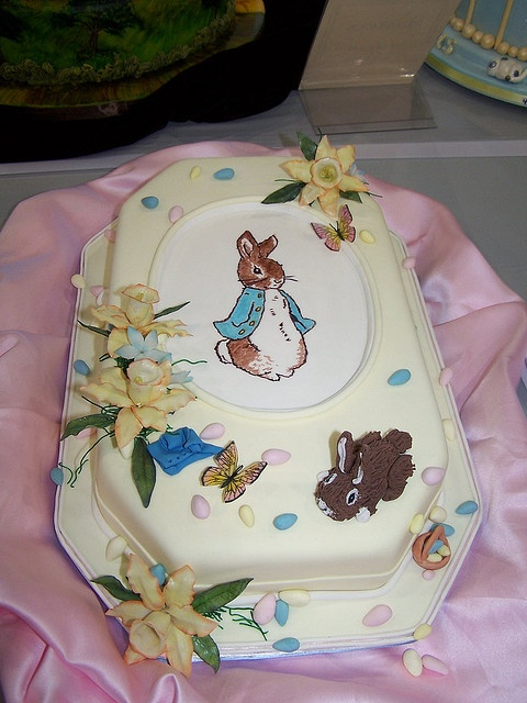 Cake Decorating Store Tulsa : Peter Rabbit cake: a collection of ideas to try about ...