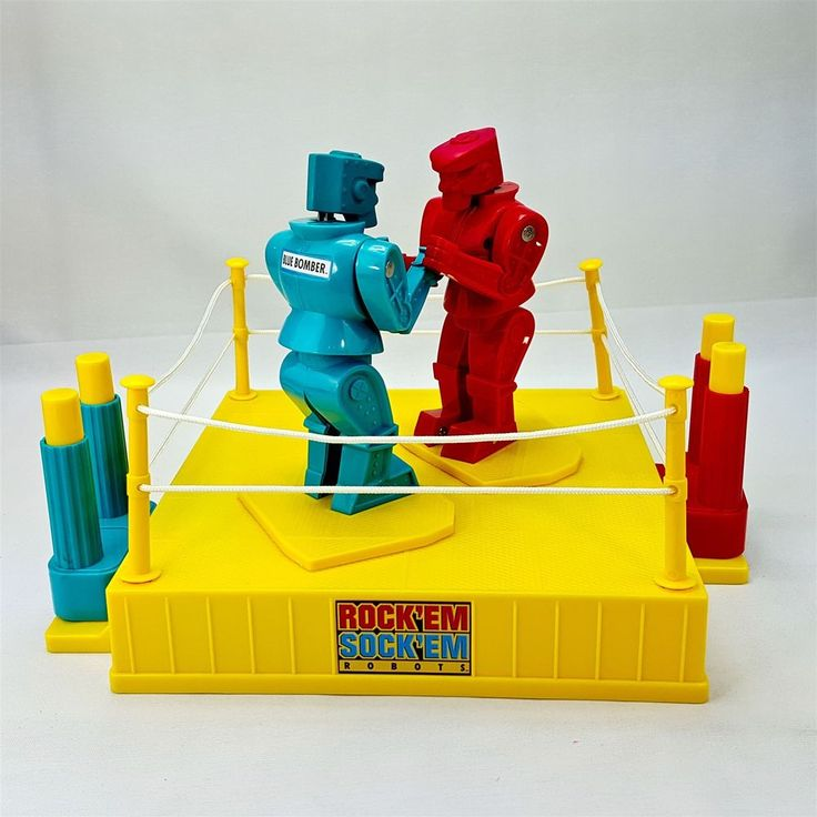 Mattel 2001 Rock Em Sock Em Robots Boxing Toy Action Fighting Game Works
