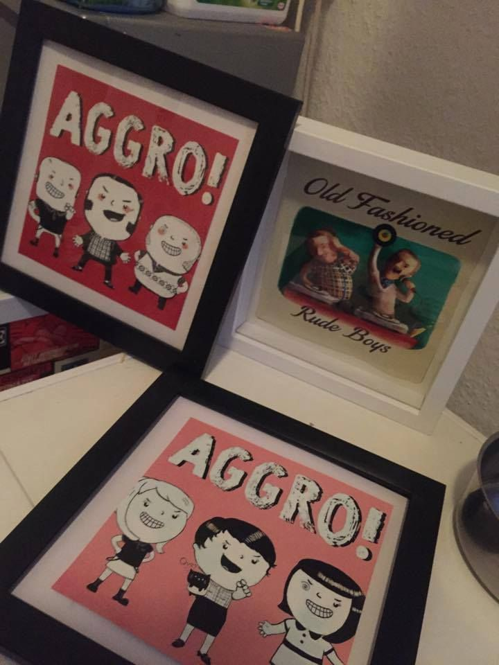 Our friends from Berlin had nice Christmas gifts with Monika's illustrations. You can get it as well:) AGGRO Boys and AGGRO Girls art & posters are here to buy AGGRO boys Poster->http://www.zazzle.com/aggro_boys_dont_fear_poster-228028078463753006?rf=238246776035728153  AGGRO Girls Canvas->http://www.zazzle.com/aggro_girls_stretched_canvas_prints-192564139968203691?rf=238246776035728153 Check our online store for more awesome stuff!  http://www.zazzle.com/biggerboss?rf=238246776035728153