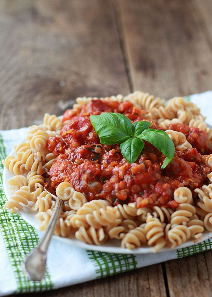 Red Lentil Marinara Sauce - With a hefty dose of protein in every single serving, this hearty, flavorful marinara makes just about anything a meal. Perfect for making ahead and freezing, too!