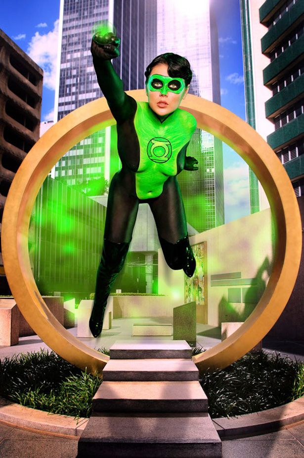 Cosplays de heroínas y villanas de cómics en Body PaintAwesome Cosplay, Body Painting Cosplay, Cosplay De, Bodypaint Cosplay, Cosplay Girls, Painting Women, Lanterns Cosplay, Green Lanterns, Lanterns Body