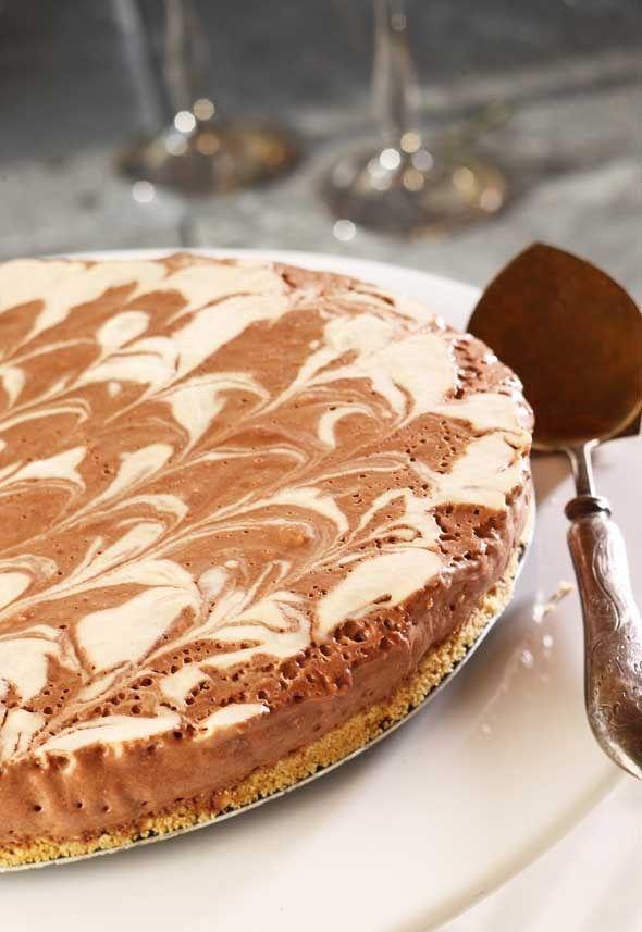Chocolate: chocolate ice cream cake/suklainen jäätelökakku