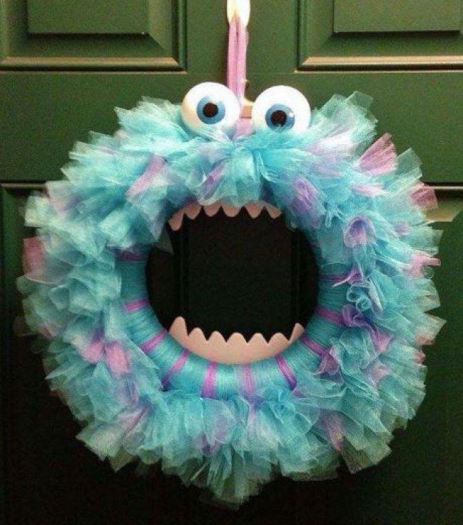 Eine wirklich schaurig-gute Idee für eine Halloween-Türdeko.
