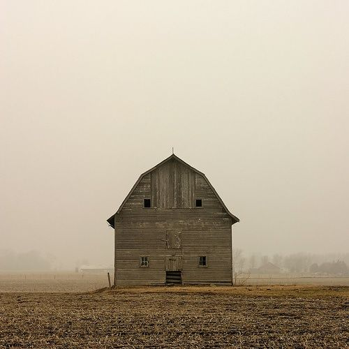 How many storms has this old barn weathered? .............. <> (via c o u n t r y s i d e, tumblr)