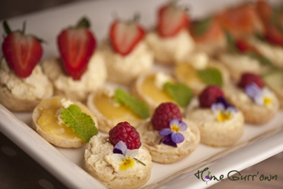 26 best edible flower canap s images on pinterest edible for Canape wedding