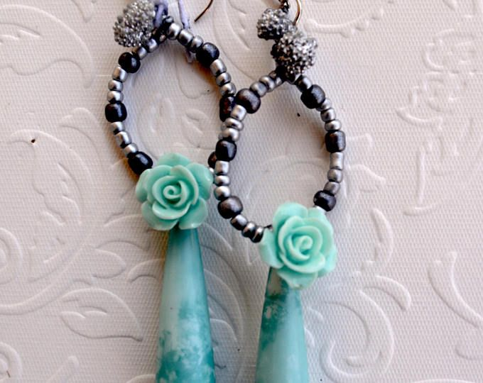 Light blue Spanish flamenco earrings with silver beads. Teardrop and hoop.      https://www.etsy.com/shop/Aamapola    #Aamapola #earrings #jewelry  #flower #handmadejewelry #jewelry #fashion #fw2017 #2017 #fweek #style #beautiful #longearrings #aretes #España #ole #gitana #modaflamenca #flamenca #Andalucia #Andalusia #Spain #IloveSpain #artesanía #española  #blue #silver #etsy