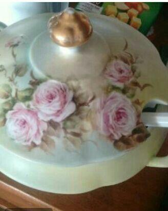 Sopeira porcelana pintada à mão!