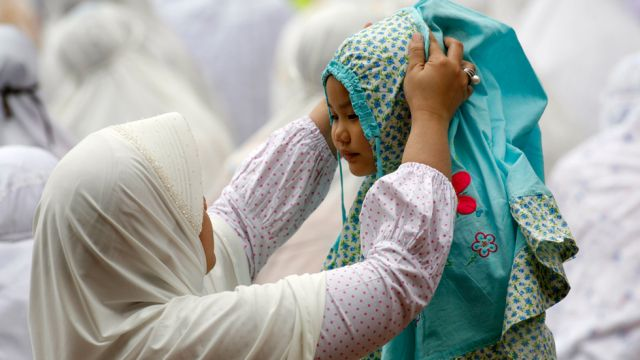 Muslim Baby Girls Names and Their Importance According To Islam and Quran