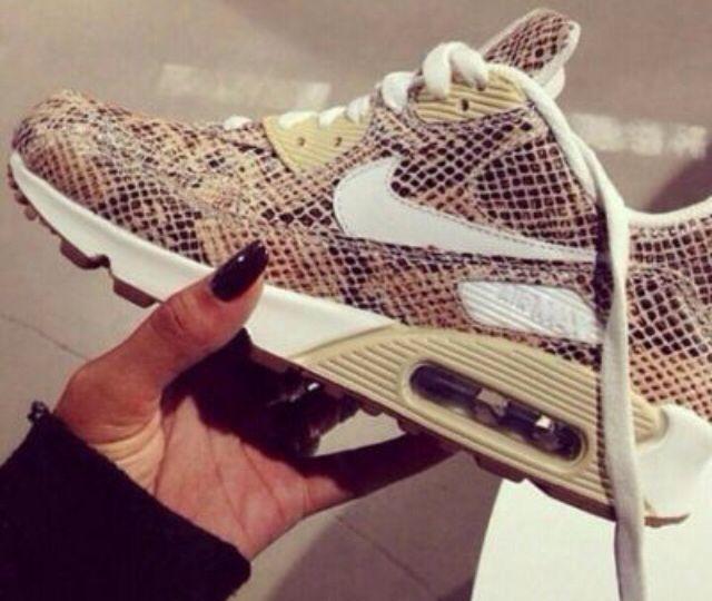 Cheapest Women's Nike Free Run + 3 Running Shoes MagentaHot
