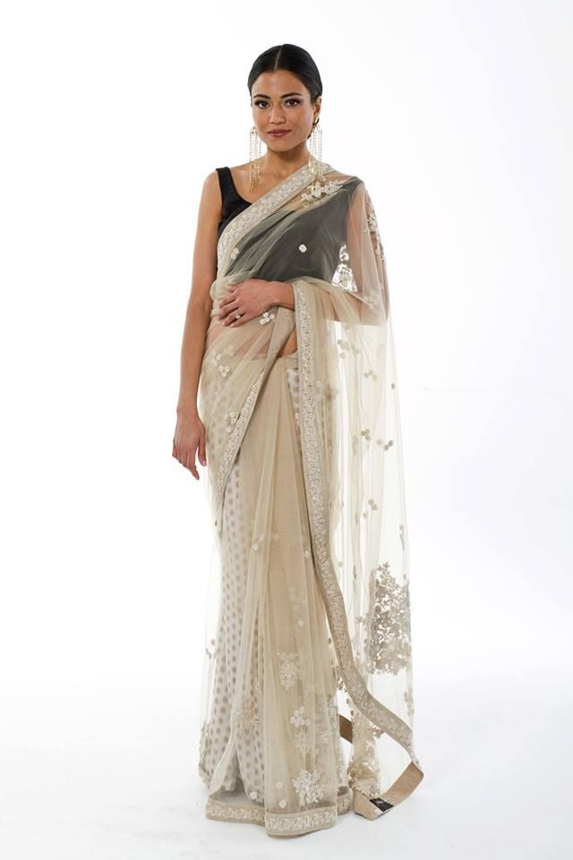 Absolutely luv this sabya saree!!