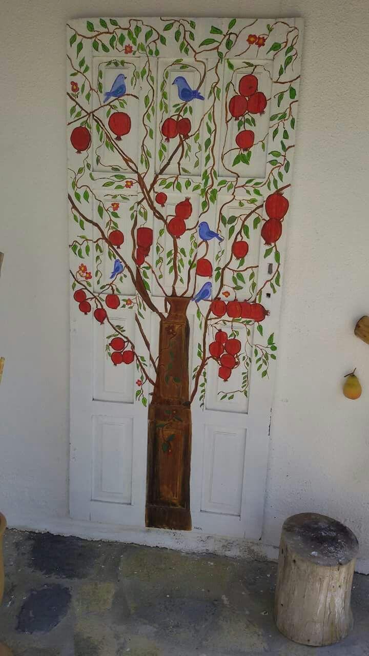 Vintage nar ağacı desenli kapı