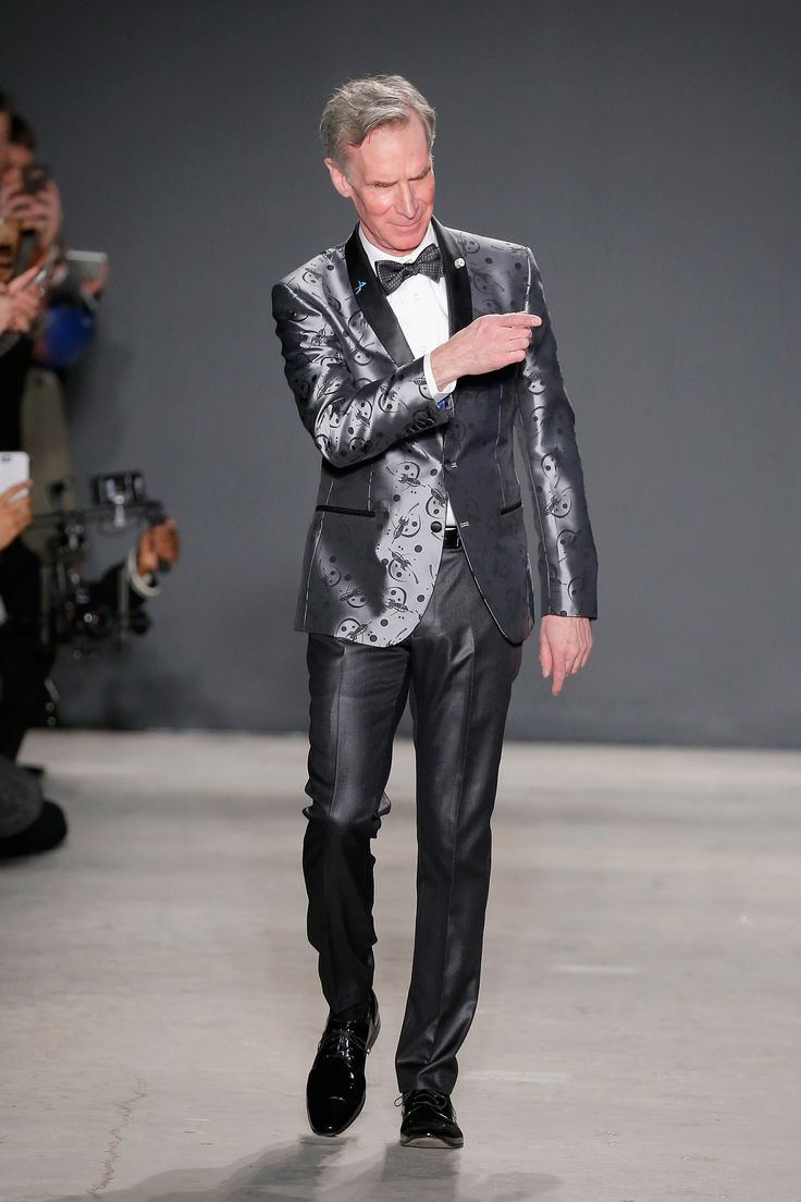Home 187 posts 187 articles 187 hair styles 187 different hairstyles - Bill Nye The Science Guy Talks Bow Ties Skinny Jeans And Lab Coats On The Day Of His Big Runway Debut