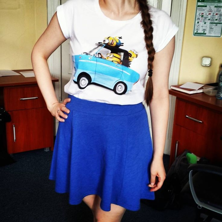 #Minions on the road, minions on T-shirts. Minions, minions everywhere! :D #GeekShirtFriday