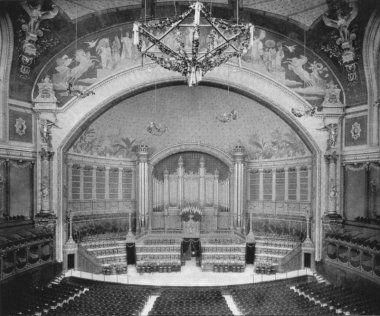 La salle de concert de L'ancien Palais du Trocadéro de Paris