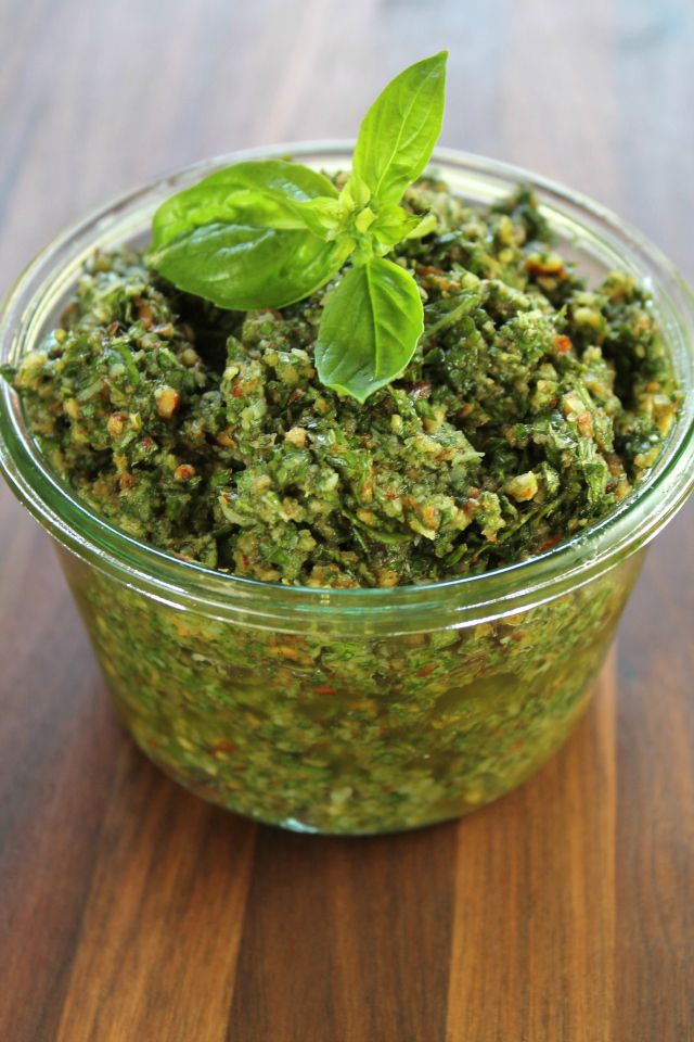 Roasted Garlic Basil Pesto from Miss in the Kitchen