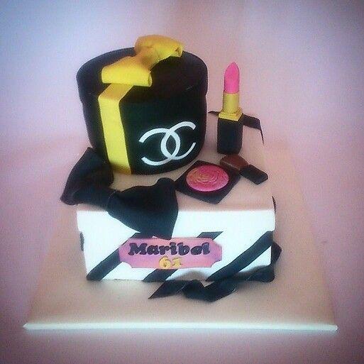Tarta cajas Chanel, Chanel box cake