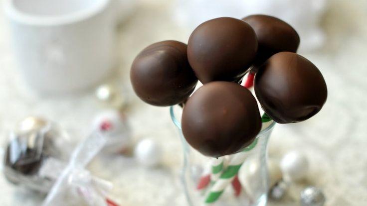 A tökéletes karácsonyi gasztroajándék: csokis-kókuszos bonbonnyalóka