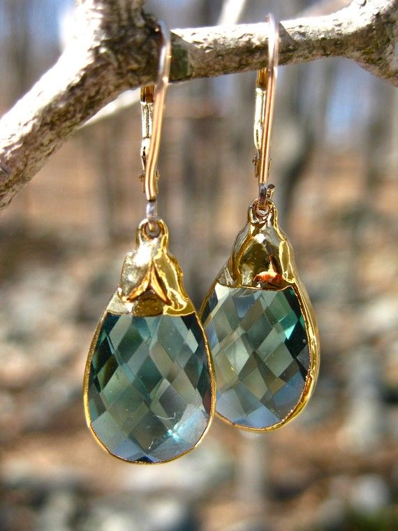 Green Quartz Stone Earrings with Gold