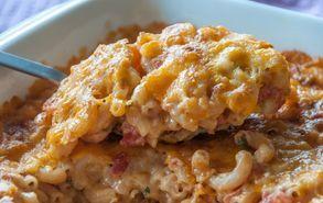 Recipe thumb akis petretzikis mac n cheese tomato 2
