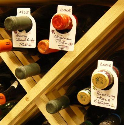 Les 25 meilleures id es de la cat gorie porte bouteilles de vin sur pinterest - Cave a vin 100 bouteilles ...