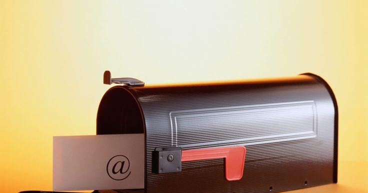 Cómo responder a un correo electrónico de entrevista de trabajo. Algunos empleadores desean contactar con posibles empleados por correo electrónico. Así que, mientras esperas una llamada telefónica para la entrevista, revisa tu bandeja de entrada de correo electrónico y la carpeta de spam con regularidad también por invitaciones de entrevistas.