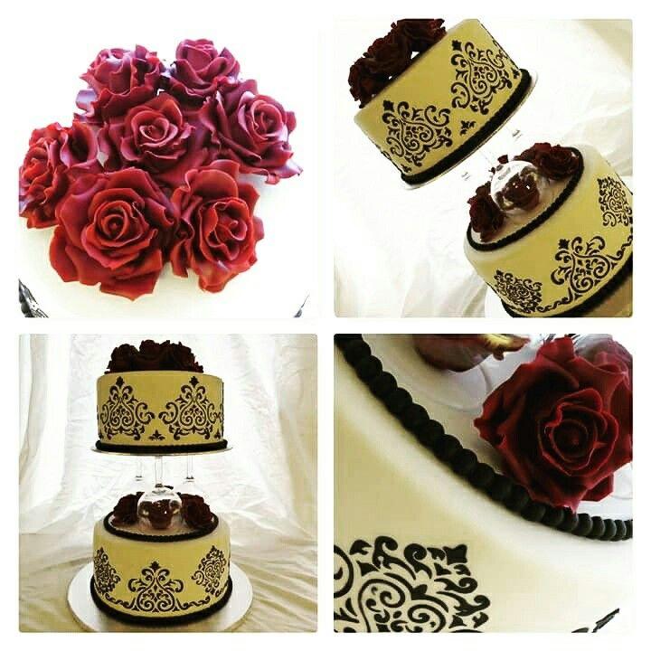 Damask wedding cake with fondant roses