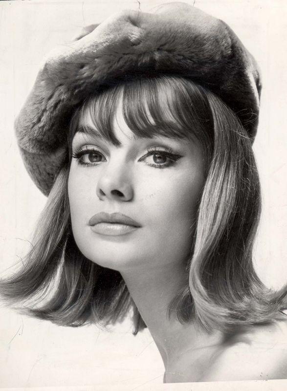 60's fashion icons women | 秋のおしゃれは60年代スタイルアイコンがお手本 ...
