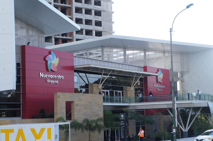 Facade Montevideo Shopping Center