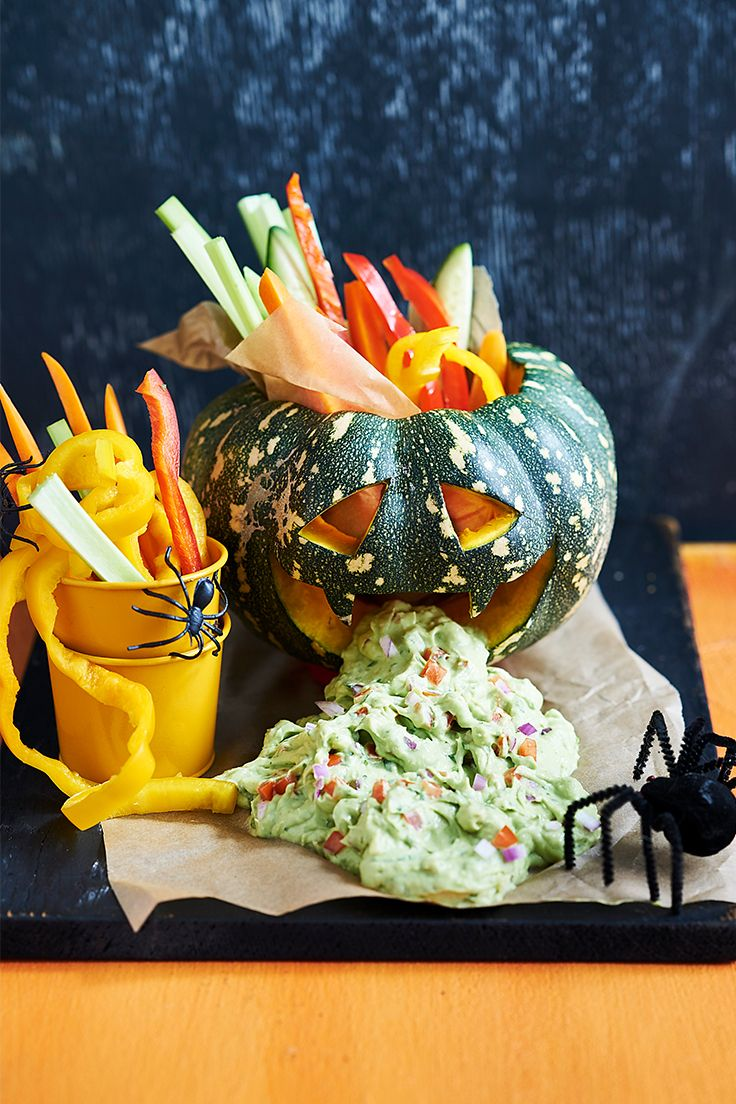 A pumpkin throwing up guacamole is sure to make a statement at your Halloween party! Fill up your little ones with this scary savoury snack before they go out for tricks and too many treats!