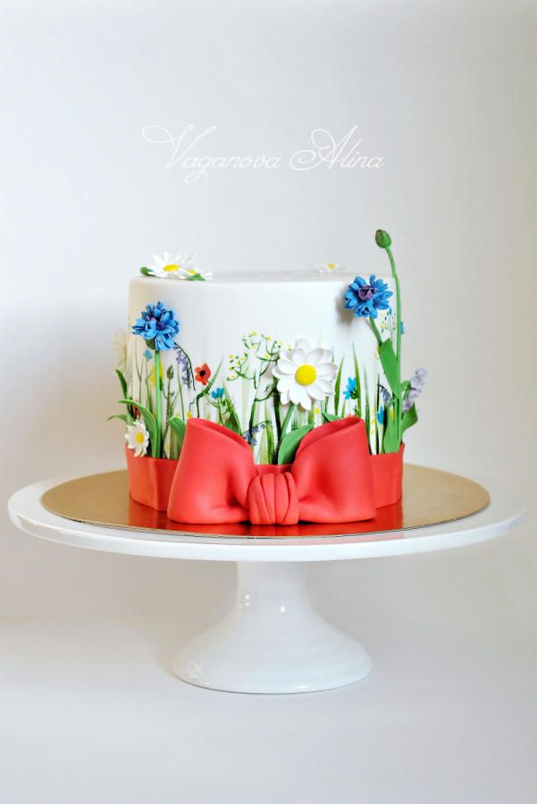 25+ best ideas about Wildflower Cake on Pinterest Color ...