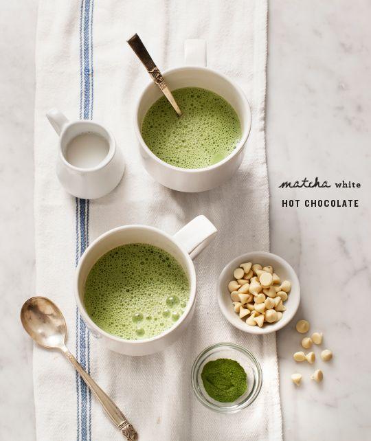 Matcha White Hot Chocolate / @loveandlemons